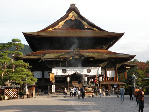 The main hall of Zenko-ji Temple