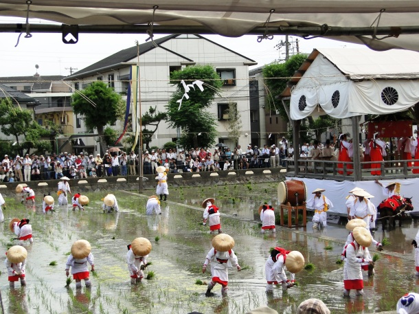 Rice planting festival at Sumiyoshi Shrine