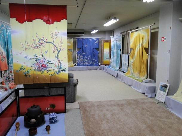 Kaga yuzen kimono on display