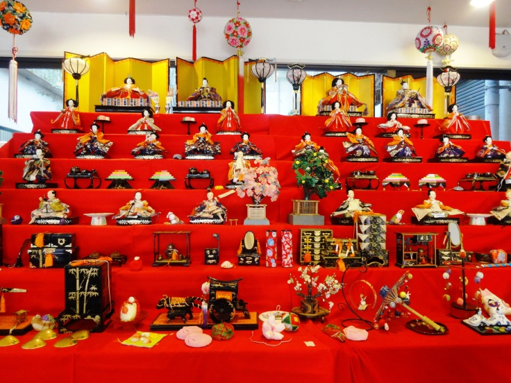 An elaborate display of hina ningyo (dolls for the girls' festival)