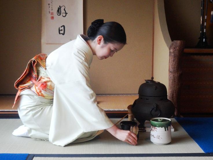 Atsuko performs a tea ceremony