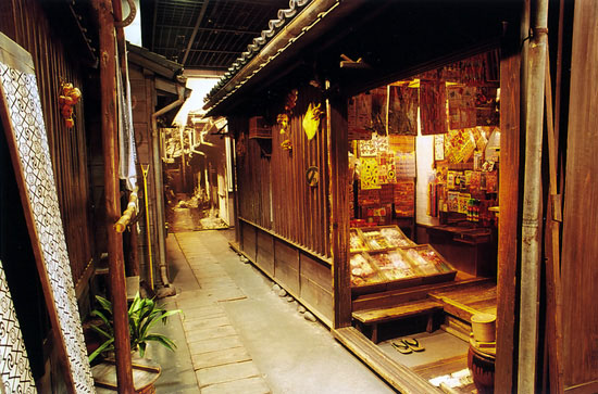 The first floor exhibit (Photo Source: Shitamachi Museum)