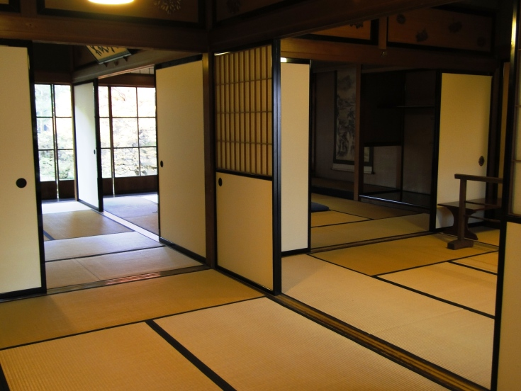 An entire house down up in tatami in Takayama