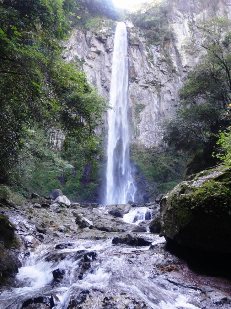 Higashi Shiiya Falls