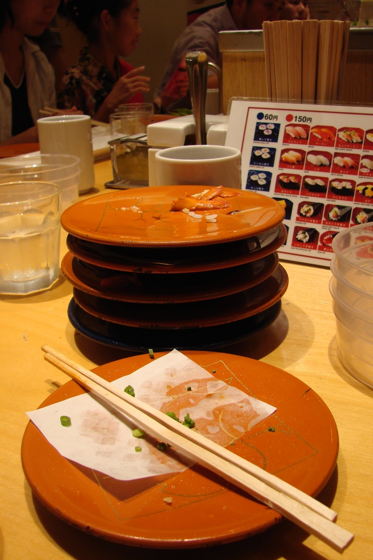 Six plates of sushi rings in around 630 yen, pretty cheap for dinner!