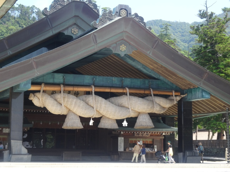 The thick THICK shimenawa (sacred ropes) of Izumo Taisha