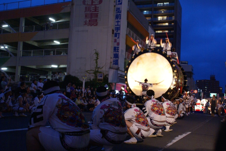 The massive O-daiko (big taiko) that starts the Hirosaki Neputa parade