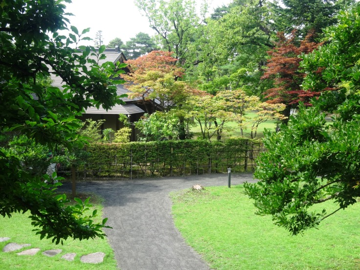 A look down at the teahouse of the Fujita Teien