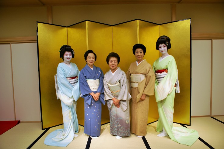 The young geisha and their older counterparts